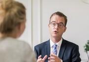 Esben Lunde Larsen vil se på rammerne for landbrugets fonde. Pressefoto.