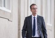 Miljø- og fødevareminister Esben Lunde Larsen svarer på kritik fra Socialdemokraternes fødevareordfører, Simon Kollerup. Arkivfoto.