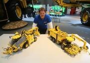 Man kunne under Agritechnica 2017 opleve Allan Clausens Lego-modeller af Ropa Tiger og Ropa Maus. Foto: Morten Damsgaard.