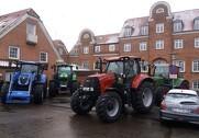 Asmildkloster Landbrugsskoles nye traktorflåde. Pressefoto