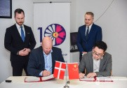 Jakob Ellemann Jensen har indgået aftale med Kina om eksport af soyabaseret protein til griseproduktion i landet. Foto: Miljø- og Fødevareministeriet.