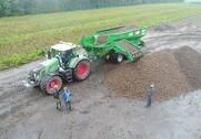 Kartoffelekspert fortæller, at på de bløde jorde kan en pendlervogn mindske spildet og reducere smudsfradraget, men påpeger også, at vognen er en dyr sag. Arkivfoto.