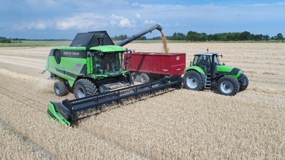 Traktor-komfort på grønt tærskeværk